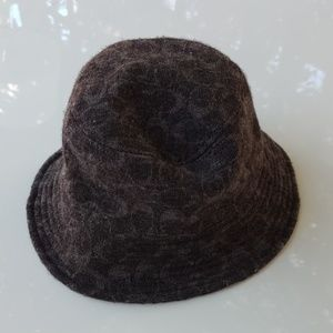 Coach dark grey hat size p/s